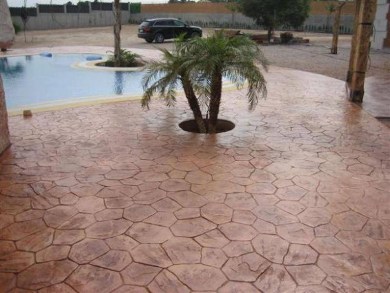 B ton d coratif pour terrasse de piscine ravalement de Terrasse en beton decoratif