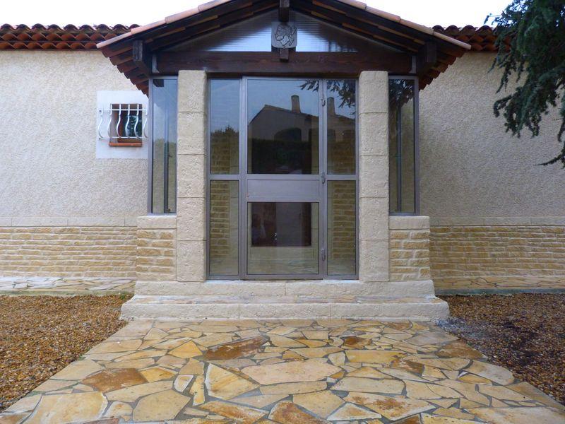 Soubassement Pierre D 233 Corative 224 Trans En Provence